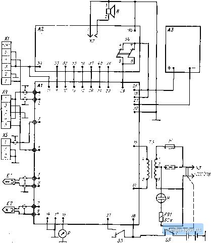 Электрическая принципиальная схема магнитофона Весна-202.  Заграждающий фильтр LIC6 защищает цепи усилителей от ГСП.